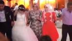 Patlama anı, düğün salonunda bulunan kameraya yansıdı