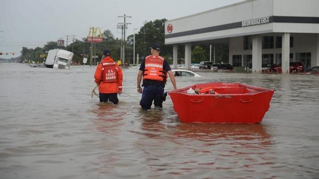 Obama sel felaketinin vurduğu Louisianada