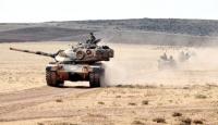 Tank birlikleri suriye sınırından içeri girdi