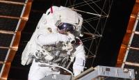 Uzayda kesintisiz en uzun süreli kalma rekoru