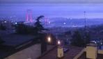 Şimşekler, 15 Temmuz Şehitler Köprüsünde büyüleyici manzaralar oluşturdu