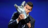 Ronaldoya bir ödül daha