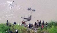 Nepalde otobüs nehre düştü: 20 ölü