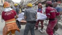 İtalyadaki depremde ölü sayısı 267ye yükseldi