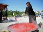Anadolu kadınının salça mesaisi başladı