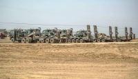 Zırhlı araçlar sınırın Türkiye tarafında bekliyor