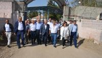 AK Parti Genel Sekreteri Gül ve vekillerden sınıra ziyaret