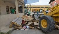 Evden 5 traktör dolusu çöp çıktı