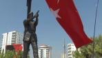 Ömer Halisdemirin heykeli açıldı