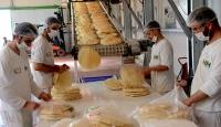 Türkiyeden sığınmacılara günlük 5 bin ekmek
