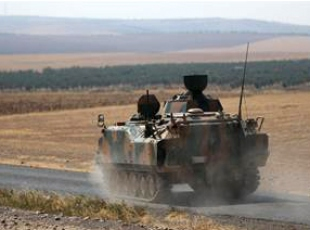 Sınır birliklerine askeri zırhlı araç ve tank takviyesi
