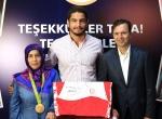 Taha Akgülün mayosu Olimpiyatlar Sergisinde