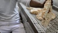 Halepte fırında ekmek bekleyenleri vurdular
