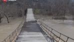 Bu Köprüden Geçmek Yürek İster