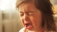 Okulun ilk günü çocuğun ağlaması normal kabul edilmeli
