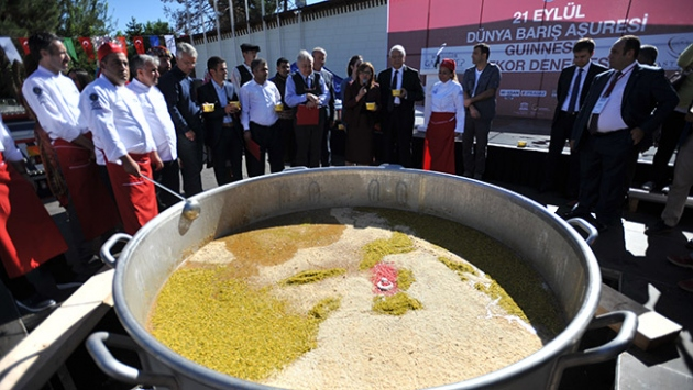Gaziantep 3 bin 192 kilo aşureyle Guinnesse aday