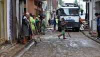 Trabzondaki selin ardından ev ve iş yerlerinde temizlik çalışmaları sürüyor