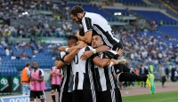 Lider Juventus kaçıyor, Napoli takipte