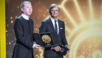 Altın İstiridye Çinde sansürlenen filme verildi