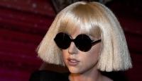 Lady Gaga Suriyedeki savaş mağdurları için dua istedi