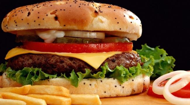 Dünyanın üçte biri obez olma yolunda
