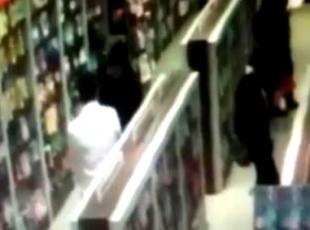 Hırsızlık anı, güvenlik kameralarına yansıdı