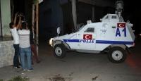 Adanada polise ses bombalı saldırı
