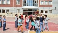 FETÖ mağduru öğrenciler devlet okullarına yerleştirildi