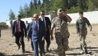 Bakan Işıktan Suriye sınırındaki birliklere ziyaret