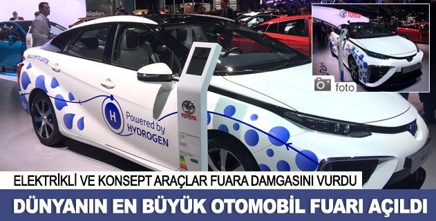 Performans araçları Paris Otomobil Fuarında görücüye çıktı