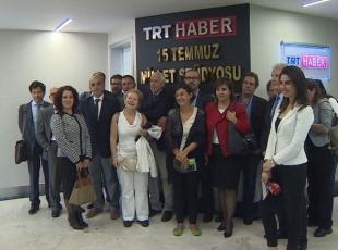 Gazetecilerden TRTye ziyaret