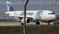 Yolcu uçağını kaçıran hava korsanı Mısıra teslim ediliyor