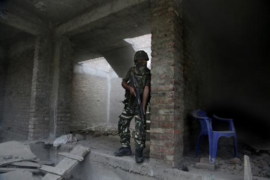 Hindistan ordusu, 3 direnişçinin öldürüldüğünü duyurdu