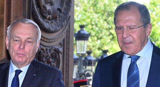 Lavrov ve Ayrault telefonda görüştü
