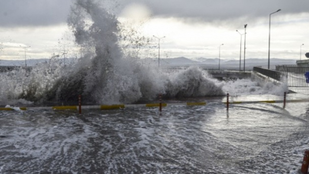 Denizcilere fırtına uyarısı
