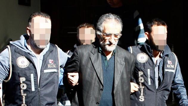 Elebaşı Gülenin kardeşi tutuklandı