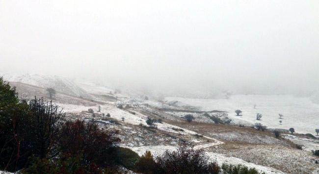 Sarıkamışta kar 15 santimetre oldu