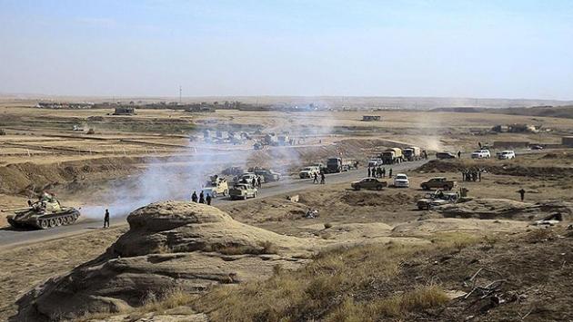 Hemdaniye ilçesi Irak ordusunun kontrolüne geçti