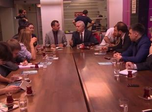 Yabancı gazeteciler TRTyi ziyaret etti