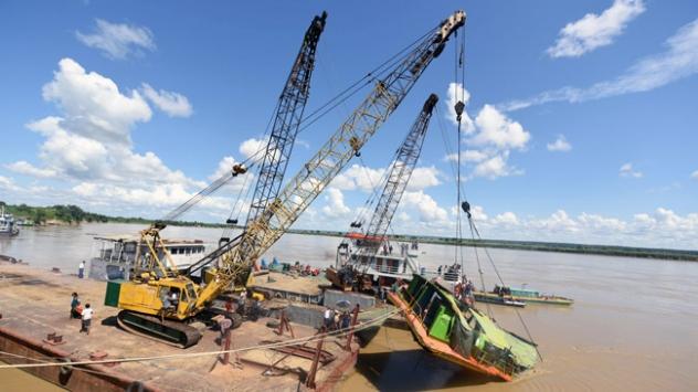 Myanmarda feribot kazası: 40 ölü
