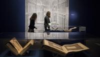 Asırlık el yazması Kuran-ı Kerimler ABDde sergileniyor