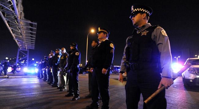 ABDde ırkçı paylaşım yapan 72 polise soruşturma