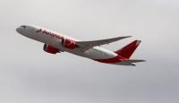 Kolombiya yolcu uçağının Venezuela hava sahasında engellenmesi