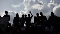 Venezuelada Maduro destekçileri meclisi bastı