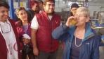 Zeytinyağını bardakla içti