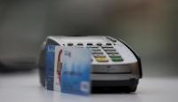 Cüzdan başına 2 kredi kartı düşüyor