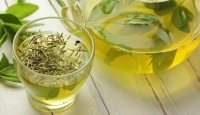 Zayıflamak isteyenlere yeşil çay