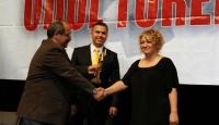 TRT'ye Bir Ödül de ÇGD'den
