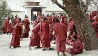 2 Tibetli Keşiş Daha Kendini Yaktı