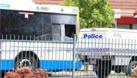 Avustralyada otobüs şoförü yolcu tarafından yakılarak öldürüldü